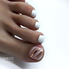 nails how to Pretty Toe Nails, Cute Toe Nails, Diy Nails, Toe Nail Color, Toe Nail Art, Nail Colors, Colorful Nail Designs, Toe Nail Designs, Classy Nails