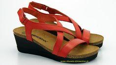 710731 Brinkmann Skórzane sandały na koturnie, stopy raczej wąskie, tęgość F marki Dr Brinkmann