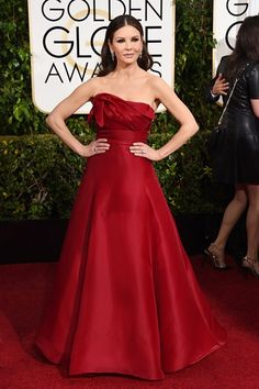 http://www.vogue.co.uk/spy/celebrity-photos/2015/01/11/golden-globe-awards-2015-fashion-red-carpet/gallery/1307683