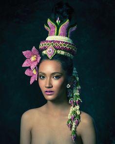 Thailand Festivals, Body Painting Festival, Thai Pattern, Thai Design, Unique Flower Arrangements, Thai Fashion, Thai Dress, Thai Art, Thai Style