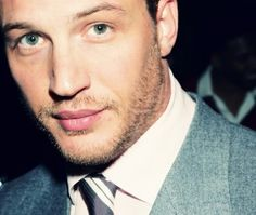 Tom Hardy...Leslie Leslie lol this is for you woman hahahaha those means war has fully jumped me on the tom train Hahaha I love his dorky almost nerdyness lol like channing