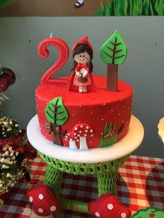 2 Birthday, Baby Girl Birthday, Birthday Celebration, Birthday Parties, Red Riding Hood Party, Funny Cake, Childrens Party, Cake Decorating, Frozen