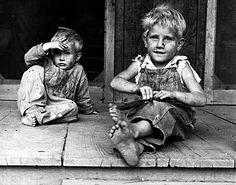 children of a rehabilitation client | arkansas 1935 | foto :ben shahn