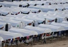 La Turchia apre il più grande campo profughi per gli sfollati di Kobani