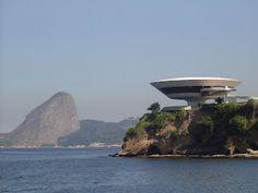 Niemeyer - MAN de Niteroi