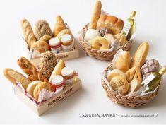 木箱・かご入りパンセット完成♪|SWEETS BASKET (S*Basket)