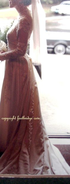 Vintage PRISCILLA of BOSTON Bridal Ensemble by footbridgecove1, $1800.00 Designer Wedding Gowns, Designer Gowns, Priscilla Of Boston, Lace Bows, Fall Skirts, Wedding Veil, Floral Lace, Vintage Designs, Bridal Gowns