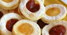Ciastka bez jajek, po upieczeniu przełożone dżemem. Kruche, delikatne efektowne. W przepisie nie ma jajek, ani proszku do pieczenia,...