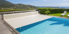 Cubierta de piscina de lamas exterior abrisud Montage, House Plans, Pergola, Spa, Exterior, How To Plan, Outdoor Decor, Home Decor, Screened Pool