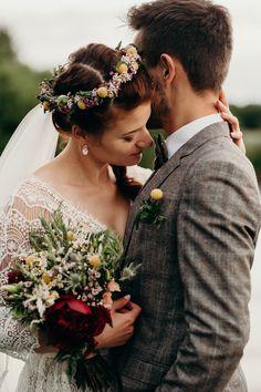 Wianek ślubny / Flower crown Bridal Hairstyle, Wedding Ideas, Flower Crowns, Crowns, Wedding, Bridal Hairstyles, Bridal Hair, Wedding Ceremony Ideas