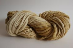 Straw Yellow Color Hand Spun Hand Dyed Thick and Thin Chunky Wool Yarn