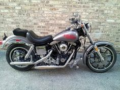 Best classic cars and more! Vintage Motorcycles, Cars And Motorcycles, Harley Davidson Deuce, Amf Harley, Dyna Low Rider, Custom Trikes, Best Classic Cars, Bobber, Lowrider