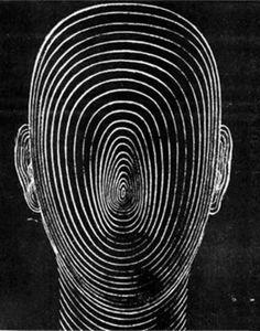 wonda-rondo:  grimeandgore:  A faceless face   +