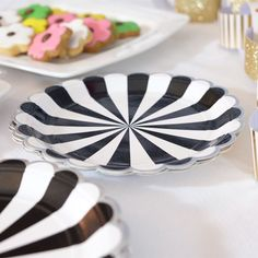 Black u0026 White Striped Paper Dinner Plates | Black white stripes Sport theme parties and Birthdays & Black u0026 White Striped Paper Dinner Plates | Black white stripes ...