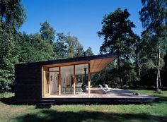 Summer House by Christensen & co. Arkitekter - Contemporary World Architecture Casas Containers, Cabins In The Woods, Cabana, Home Fashion, Modern Architecture, Cottages, House Ideas, Exterior, House Design
