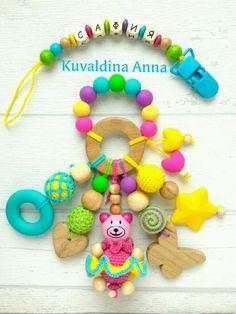 Купить Погремушка-развивашка-грызунок Радужный мишка - игрушка, погремушка, погремушка вязаная, именная погремушка