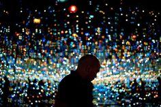 Wednesday, Nov. 11: Infinity - Redan Magbanua views Yayoi Kusama's Infinity Mirrored Room at the Broad museum on Tuesday, Nov. 10, 2015, in Los Angeles. - © Jae C. Hong/AP