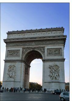 Carte Arc de triomphe à paris pour envoyer par La Poste, sur Merci-Facteur !