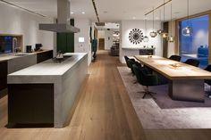Wimmer | handcrafted floors - Landhausdielen, Dielenboden, Eiche, gebürstet, Farbon Ravenna geölt und gewachst. Dielenlängen bis 5 Meter und Breiten bis 33 cm.