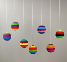 Decorative Crochet Balls (Decoratieve Gehaakte Ballen)