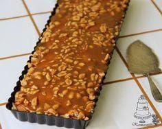 Kermaruusu: Kinuski-suolapähkinäpiirakka Sweet Desserts, Vegan Desserts, Sweet Recipes, Delicious Desserts, Yummy Food, Baking Recipes, Cake Recipes, Finnish Recipes, Sweet Pastries