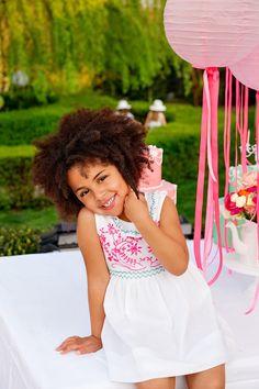 Numa loja Lanidor Kids ou em www.lanidor.com. // In Lanidor Kids stores or at www.lanidor.com.