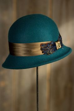 Women's Vilma Goorin Brothers Wool Cloche Hat by Overland Sheepskin Co. (style 79792)