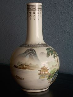 #138 VINTAGE GREEN ORIENTAL BOTTLE VASE . BALUSTER LANDSCAPE DRAWING 23.5cm tall