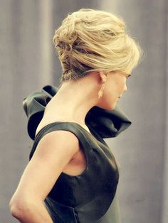 Short Hairstyles For Weddings: wish i'd seen this for my son's  wedding!
