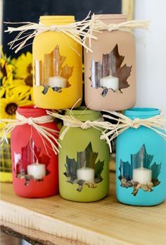 These Mason Jar Leaf Luminaries look absolutely stunning. Check out the beautiful Maple Leaf Mason Jars too!