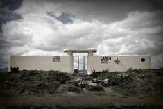 Shelter, Bathing, Coastal, Nostalgia, Gallery, Lady, Image, Women, Roof Rack