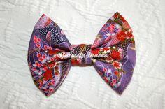 """""""Sakura Cranes"""" bow from Sincerely, Maeko!    http://sincerelymaeko.storenvy.com"""