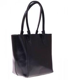 Klasyczna czerń zawsze w modzie! Ta piękna i pakowna, skórzana torebka kosztuje teraz jedynie 215 zł (zamiast 355 zł!)  http://panitorbalska.pl/p/287/3145/torebka-skorzana-genuine-leather-dl-raczki-czarna-bestsellery-torebki-skorzane.html