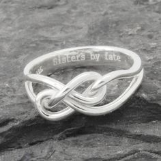 Infinity ring maid of honor gift maid of honor best by JubileJewel Maid Of Honour Gifts, Maid Of Honor, Sister Rings, Infinity Knot Ring, Personalized Rings, Bridesmaid Gifts, Friendship, Best Friends, Sisters
