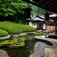 Most Beautiful Zen Garden Styles to Improve Your Home with Peaceful and Harmonious Natural Arts Zen Garden Design, Japanese Garden Design, Japanese House, Landscape Design, Japanese Style, Japanese Garden Plants, Japan Garden, Japanese Gardens, Japanese Architecture