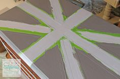 Great Tutorial on using Frog Tape to make a Union Jack  Table