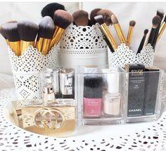 Classy makeup brushes