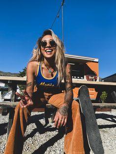 #summervibes #peace #70s #trendy #orangeandblue #skatergirl #retro #retrofashion #monsroyale