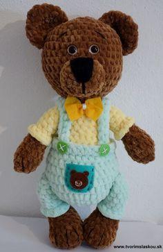 Návod - Háčkovaný medvedík František ~ Tvorím s láskou - by Peťka Crochet Bear, Crochet Toys, Crochet Stitches, Crochet Patterns, Amigurumi Toys, Half Double Crochet, Panda, Diy And Crafts, Teddy Bear