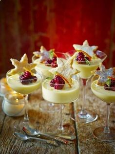Christmas treats - This fancy looking posset recipe from Jamie Oliver with oranges, lemons and homemade shortbread is surprisingly easy to create and unsurprisingly delicious Fruit Recipes, Sweet Recipes, Dessert Recipes, Cooking Recipes, Fruit Dessert, Gourmet Desserts, Plated Desserts, Lunch Recipes, Snacks