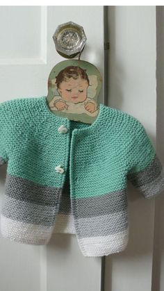 Baby Knitting Patterns Neutral No pattern yet, but the color combo is nice Knitting For Kids, Baby Knitting Patterns, Baby Patterns, Crochet Patterns, Girls Sweaters, Baby Sweaters, Tricot Baby, Pull Bebe, Knitted Baby Clothes