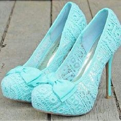 mint lace bow heels!