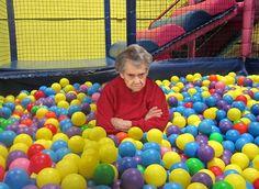 visiting-grandma-02.jpg