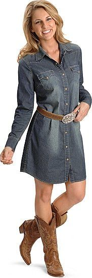 Love the dress, but I'd find different boots for this outfit. Too cowgirlish for me  ;p