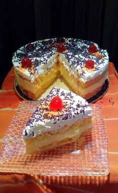 Σπέσιαλ Τούρτα, απλά και γρήγορα! Greek Sweets, Greek Desserts, Greek Recipes, Cake Mix Cookie Recipes, Cake Mix Cookies, Cookbook Recipes, Cooking Recipes, Pastry Cake, Confectionery