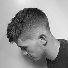 100+ New Men's Hairstyles For 2017 http://www.menshairstyletrends.com/new-mens-hairstyles-2017/