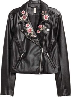 Embroidered biker jacket: Short biker jacket in imitation leather with embroidered lapels with press-studs, a diagonal zip, zipped side pockets and a zip at the cuffs. Coats For Women, Jackets For Women, Quoi Porter, Embroidered Jacket, Fashion Outfits, Womens Fashion, Lady, Mantel, Parka