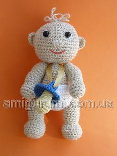 Baby in diaper and pacifier DIY Mönster! Crochet Owls, Crochet Animals, Crochet Crafts, Yarn Crafts, Crochet Baby, Crochet Projects, Sewing Crafts, Knit Crochet, Crochet Patterns
