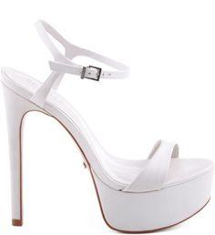 Sapato para noivas nas lojas de BH - Simples e linda, da Schutz