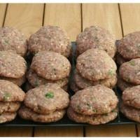 İrmik Helvası tarifi   Hafif Tarif Meatball Recipes, Meat Recipes, Cookie Recipes, Turkish Recipes, Ethnic Recipes, Turkish Kitchen, Roasted Meat, Middle Eastern Recipes, World Recipes